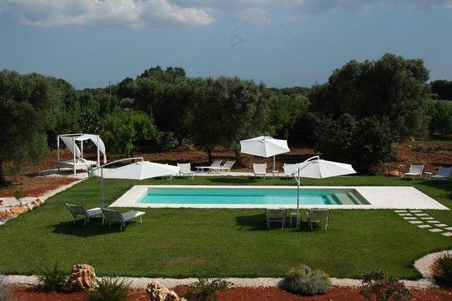 Thumbnail Farmhouse for sale in Ceglie Messapica, Ceglie Messapica, Brindisi, Puglia, Italy