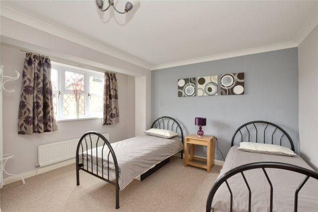 Bedroom of Silverdale Drive, London SE9