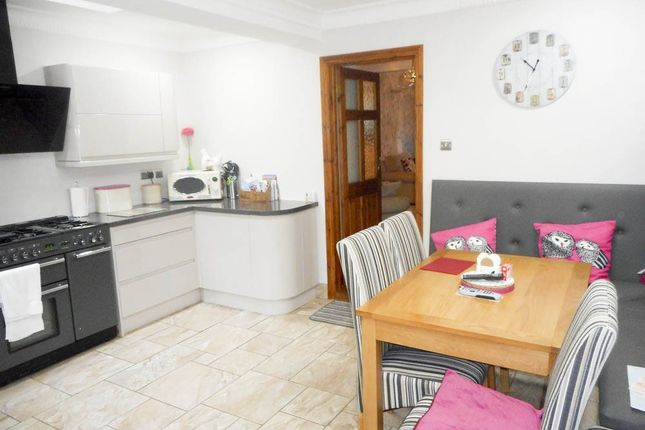 Thumbnail Terraced house for sale in Gelli -, Pentre