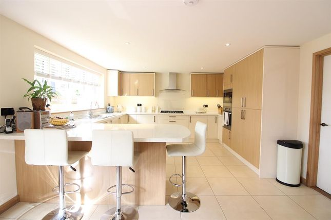 Thumbnail Detached house for sale in Silver Hill, Tenterden