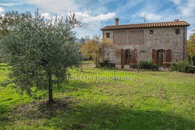 2 bed property for sale in Anghiari, Tuscany, Italy