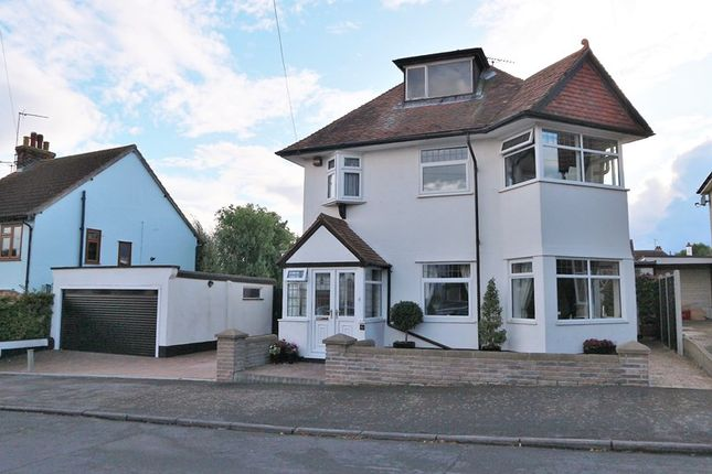 4 bed detached house for sale in Fronks Avenue, Dovercourt, Harwich