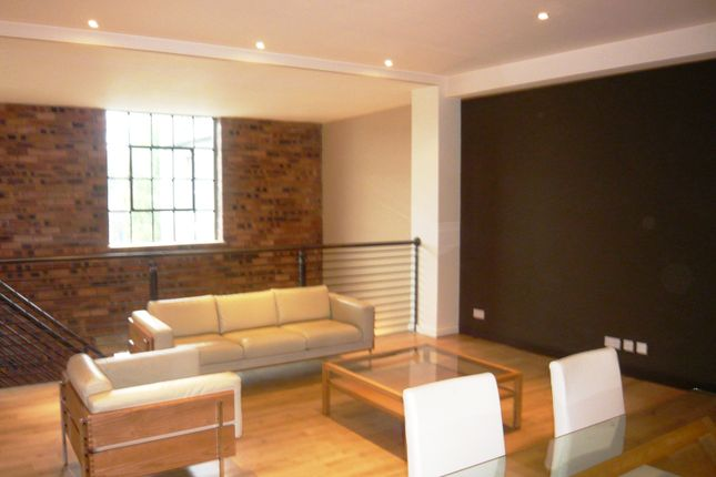 2 bed flat to rent in Bruce Street Heights, Bruce Street, Dunfermline