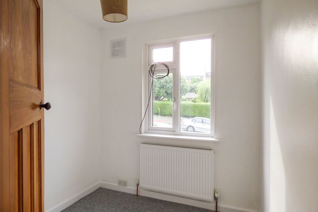 Bed 3 of Second Avenue, Oldfield Park, Bath BA2