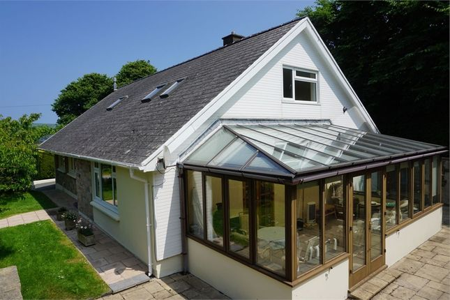 Thumbnail Detached bungalow for sale in Long Street, Newport, Pembrokeshire