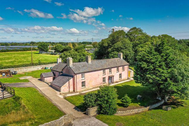 Thumbnail Farmhouse for sale in West Aberthaw Farm, West Aberthaw, Barry