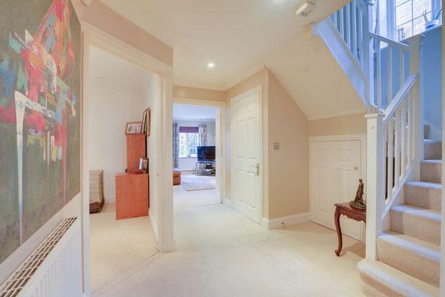 Hall Area of Buckland Road, Lower Kingswood, Tadworth KT20
