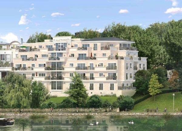 Thumbnail Apartment for sale in Neuilly-Sur-Seine, France