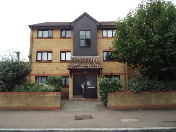 Thumbnail Flat for sale in Maryland Road, London
