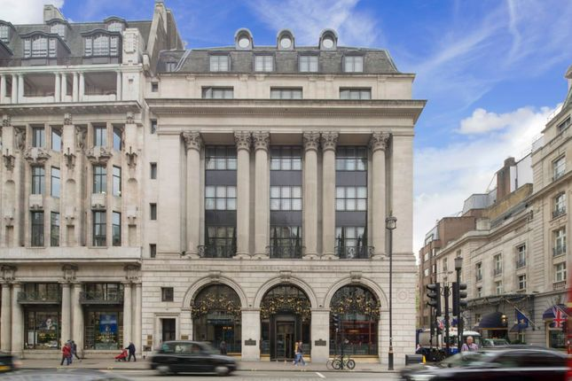 Thumbnail Flat for sale in Arlington Street, London