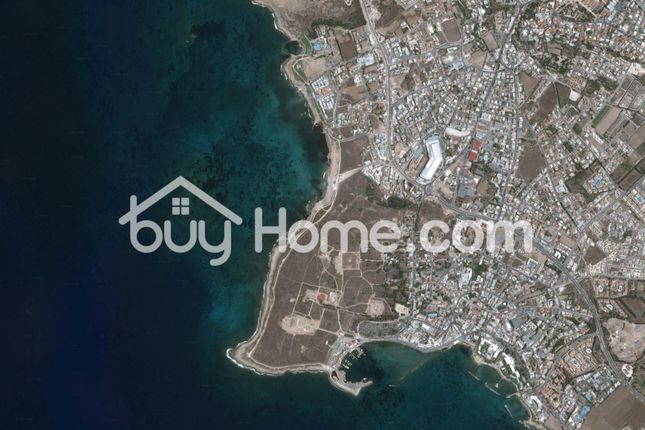 Block of flats for sale in Pafos, Paphos, Cyprus