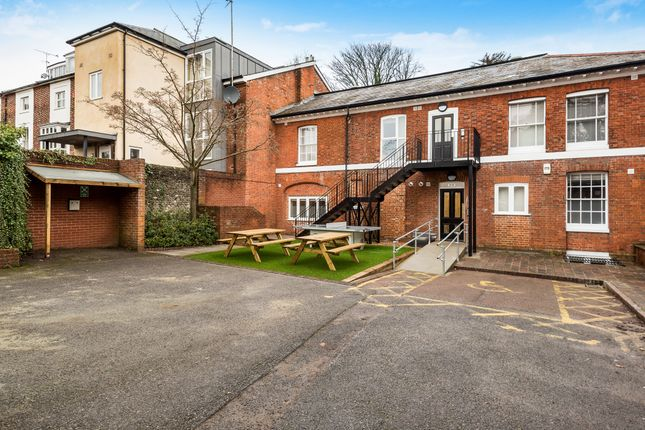 Thumbnail Flat to rent in Romsey Road, Winchester