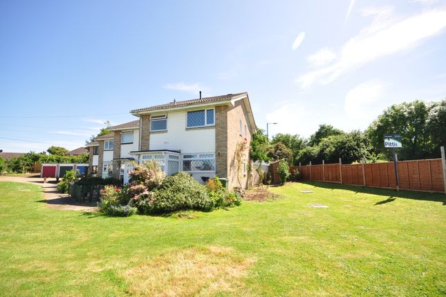 3 bed terraced house to rent in Place Side, Cowes