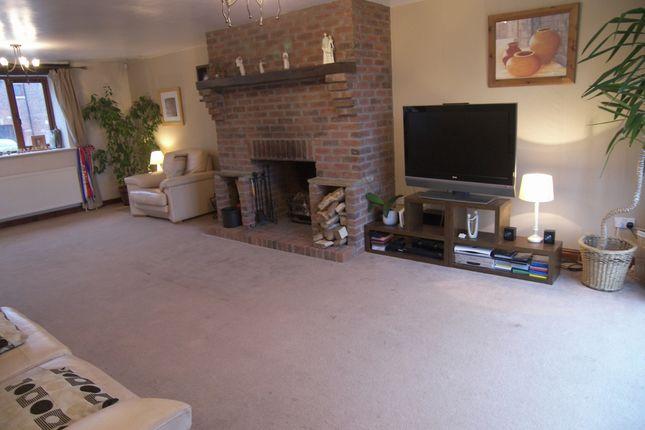 Lounge of Weeton Road, Weeton, Preston PR4