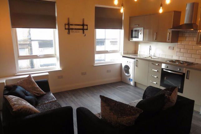 Maisonette to rent in Holt Road, Kensington, Liverpool