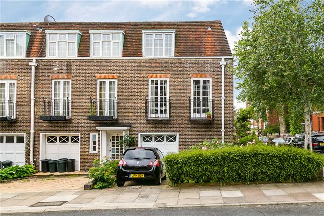 4 bed end terrace house for sale in Holland Park Road, London