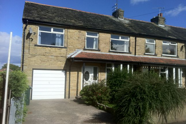 5 bed semi-detached house to rent in Southfield Lane, Bradford