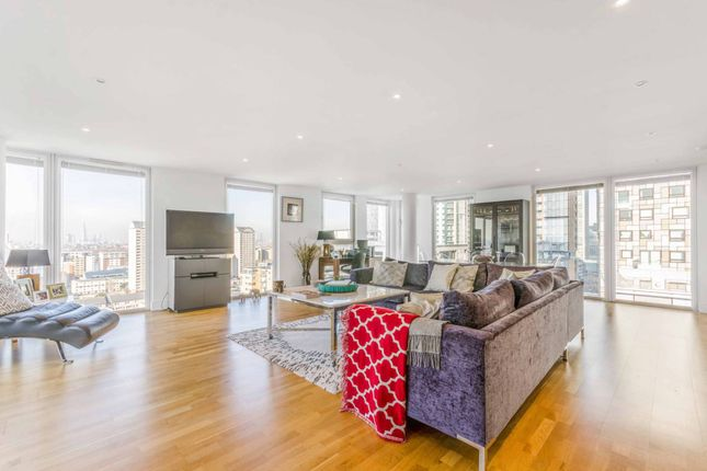 Thumbnail Flat to rent in Quadrant Walk, Canary Wharf