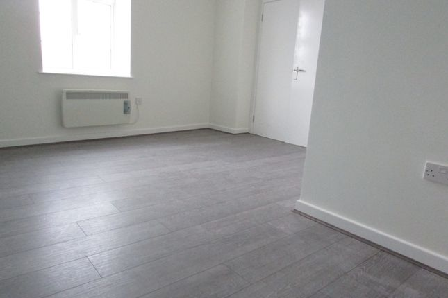 Flat to rent in Christchurch Court, Banbury, Oxfordshire