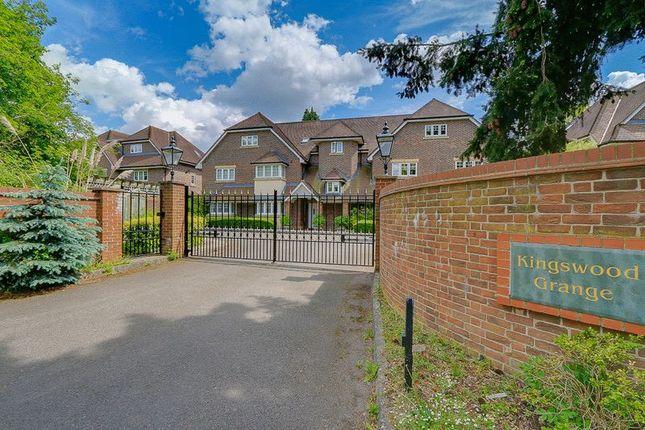 Thumbnail 3 bed flat for sale in Babylon Lane, Lower Kingswood, Tadworth