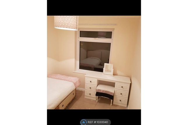 Thumbnail Flat to rent in Maple Close, Halstead