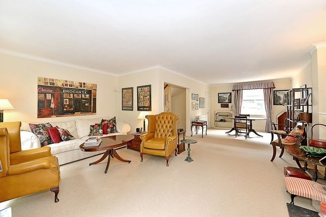 Thumbnail Property to rent in Stanhope Gardens, South Kensington