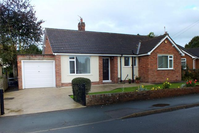 2 bed bungalow to rent in Hay Brow Close, Scalby, Scarborough YO13