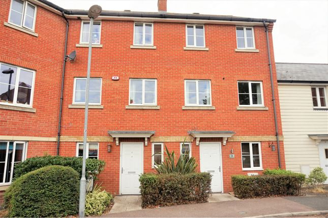 Thumbnail Town house for sale in Mortimer Gardens, Colchester