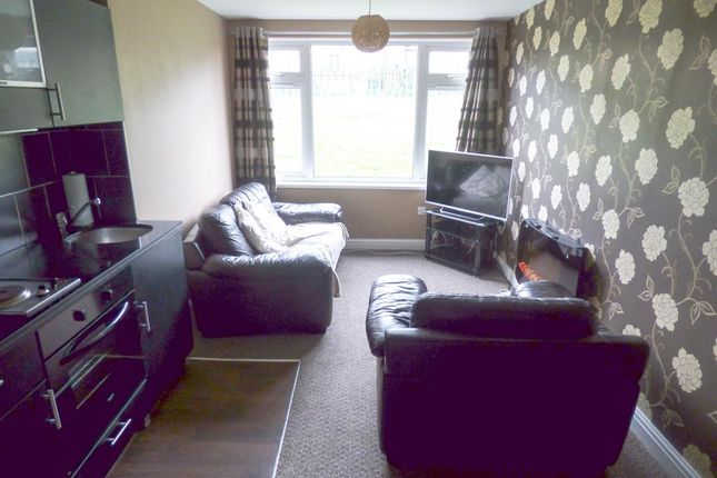 Thumbnail Flat for sale in Cumberland Close, Halifax