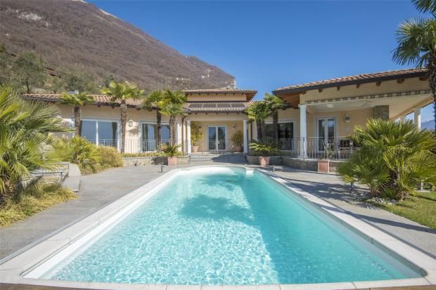 5 bed property for sale in Villa Mezzegra, Lake Como, Lombardy, Italy