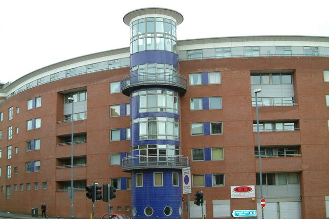 Flat for sale in City Heights, 85 Old Snow Hill, City Centre, Birmingham