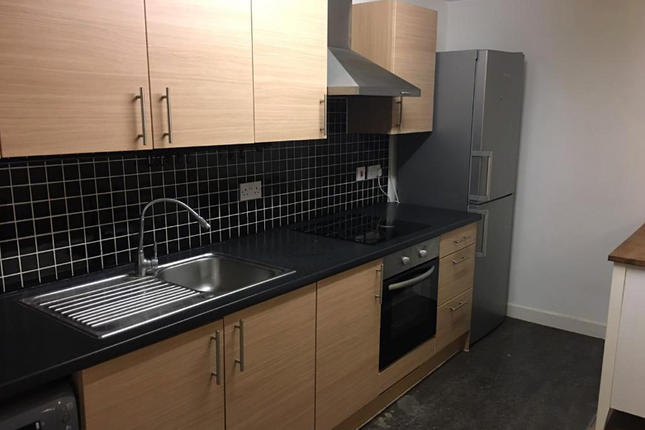 Thumbnail Flat to rent in Roden Street, Ilford Essex