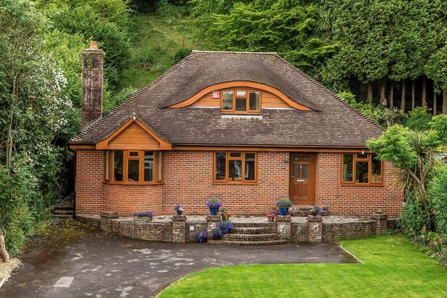 Thumbnail Detached house for sale in Southdown Road, Horndean