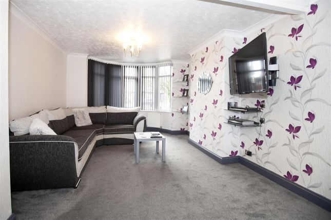 4 bed property for sale in Momus Boulevard, Coventry