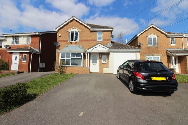 Thumbnail Property to rent in Youghal Close, Pontprennau, Cardiff