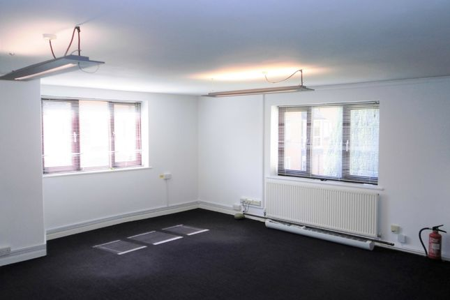 Thumbnail Office to let in First Floor, Queen Anne House, 66 Cricklade Street, Cirencester, Gloucestershire