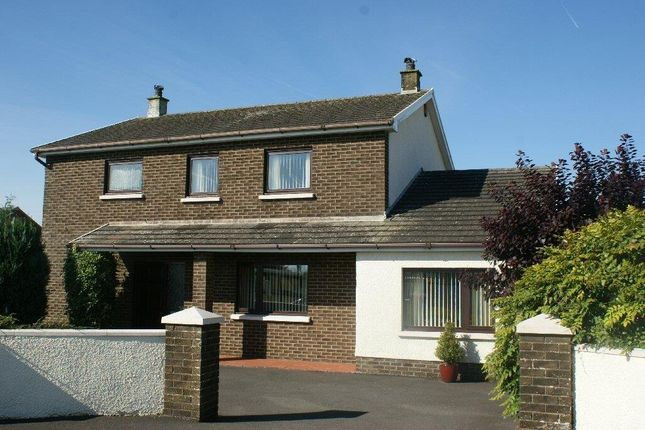 Thumbnail Detached house for sale in Llynyfran Road, Llandysul