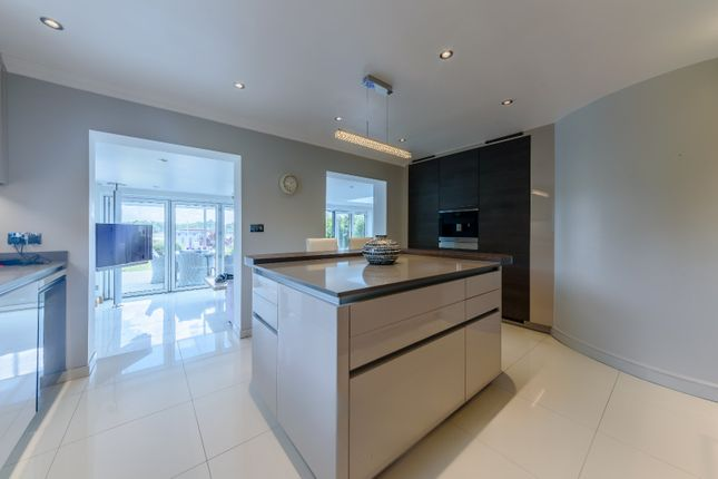 Kitchen of Green Lane, Hamble, Southampton SO31