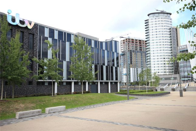Picture No. 11 of Blue, Media City Uk, Salford M50