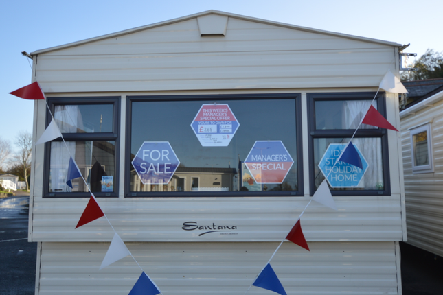 Limited Budget? You Can Still Treat Yourself To The Superb Delta Santana. You Can Start The Day With A Beautiful Walk In The Sunshine At Tarka Holiday Park.
