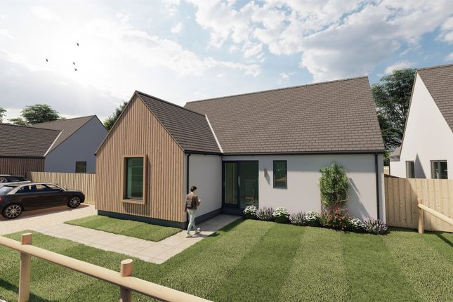 3 bed detached bungalow for sale in Silfield Road, Wymondham NR18