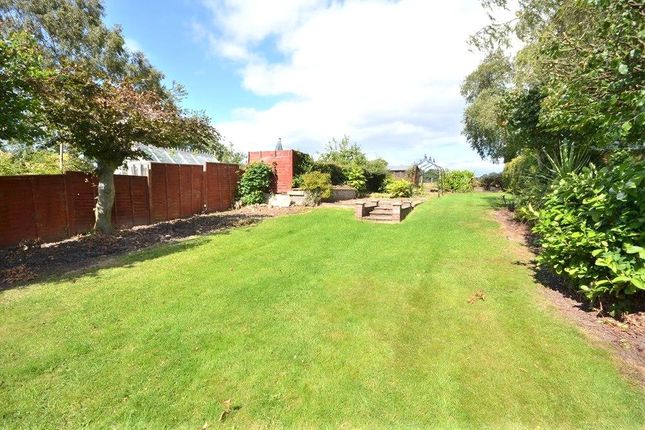 Thumbnail Semi-detached house to rent in Kings Road, Bramhope, Leeds, West Yorkshire