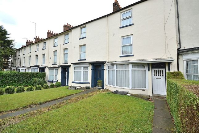Thumbnail Terraced house for sale in Royal Terrace, Barrack Road, Northampton