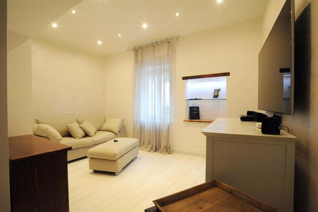 1 bed duplex for sale in Val D'orcia, Cetona, Siena, Tuscany, Italy