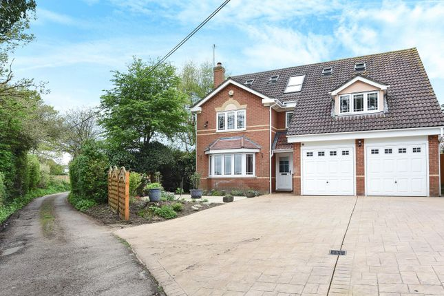 Thumbnail Detached house for sale in Barracks Lane, Spencers Wood, Reading