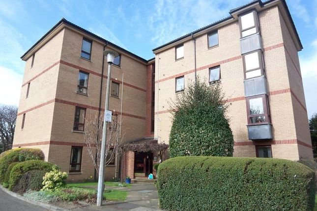 2 bed flat to rent in Easter Warriston, Edinburgh