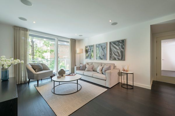 Thumbnail Flat to rent in Moore House, 2 Gatliff Road, London