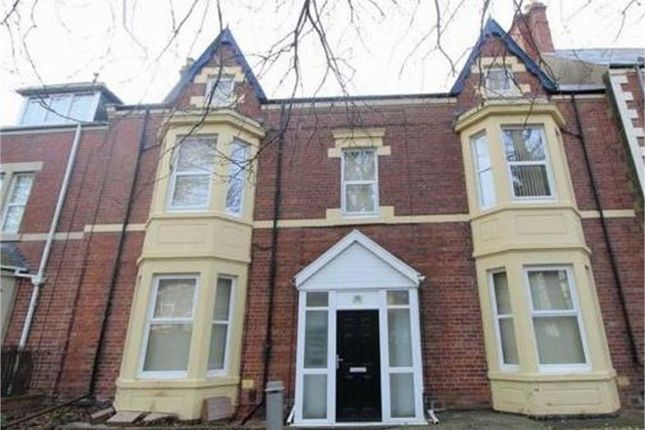 Thumbnail Flat to rent in Albany Gardens, Whitley Bay, Tyne And Wear