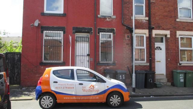 Thumbnail Terraced house to rent in Cleveleys Mount, Leeds