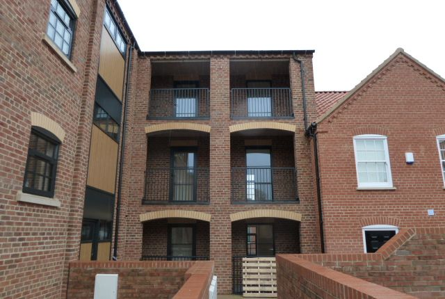 2 bed flat to rent in Printers Place, Queen Street, Louth LN11